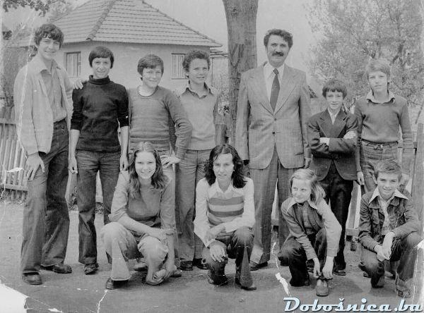 Sahovska sekcija god. 1976 na takmicenju u Turiji
