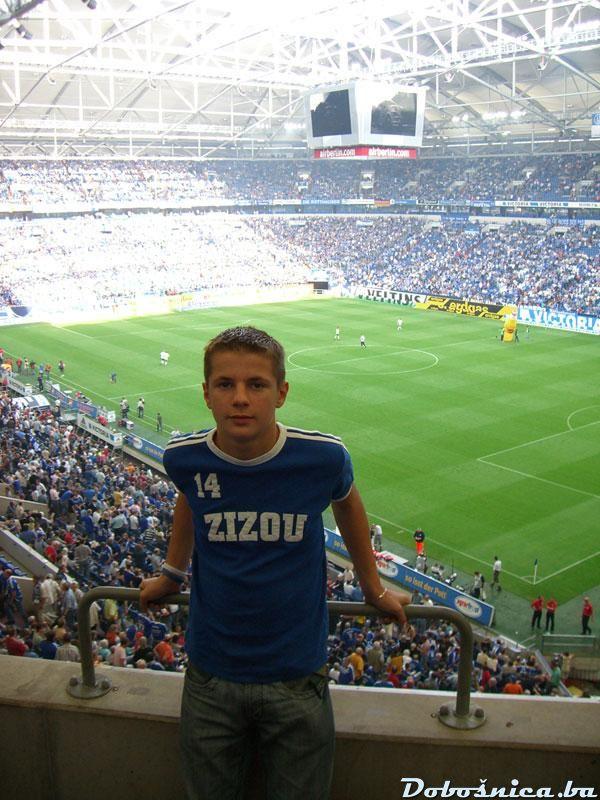 Alen-Piksi /Schalke 04- Wolfsburg 2:0)