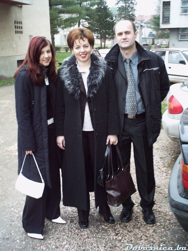Familija Garagic (Alma, Azra, Enes)