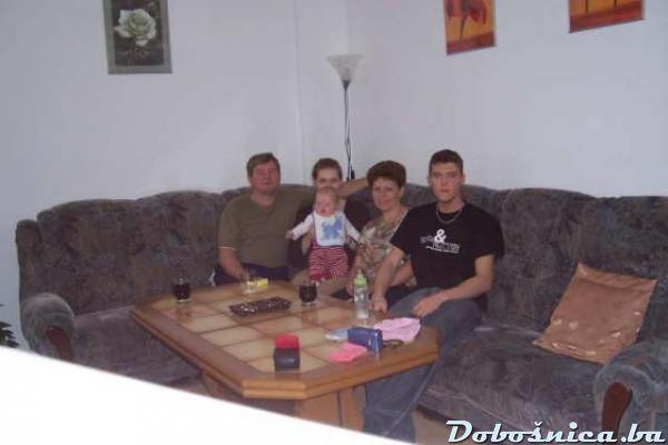 familija hamzic 4 0